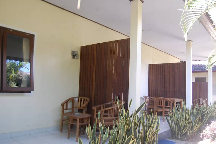 Star East Guest House Amed 1