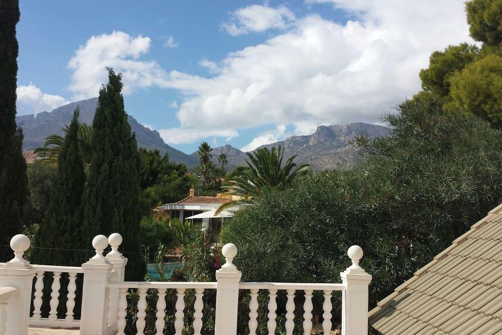 Vistas panorámicas a la montaña desde el solarium