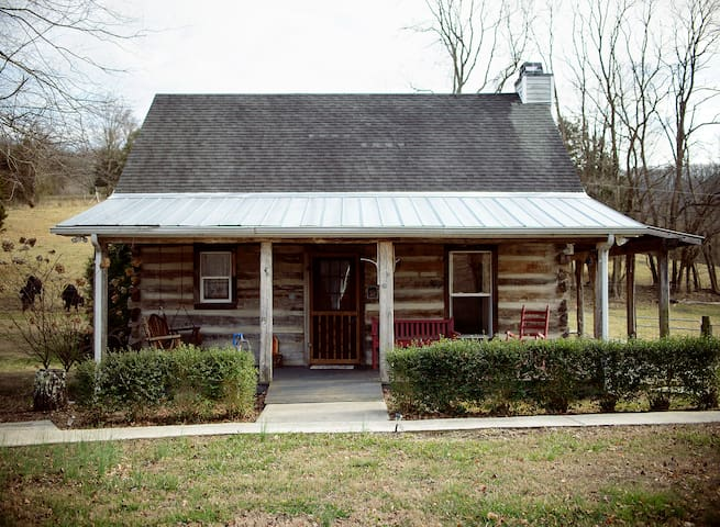 Rustic Cabin off I-40 - Cookeville - Pension