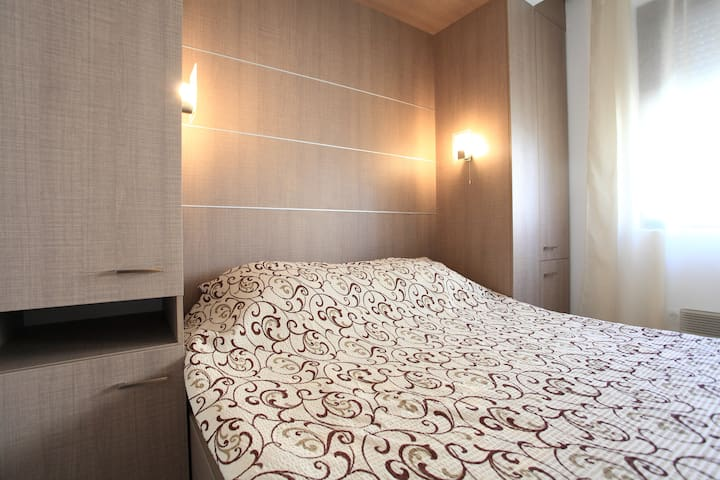 Twin Room - double bed