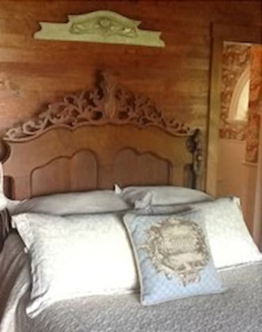The Guest Room at Foxglove - Bluemont - Jiné