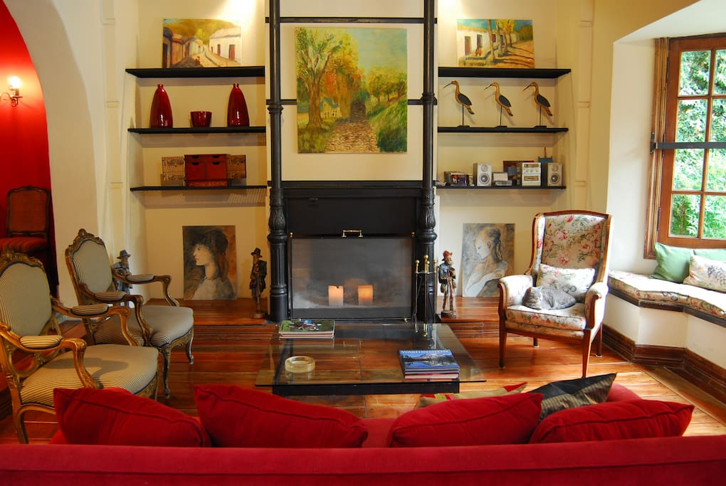 Living room - common area, you can enjoy reading a book or just relaxing in this beaituful sitting room