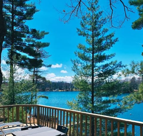 Beautiful, Private Lakefront Cottage on High Lake