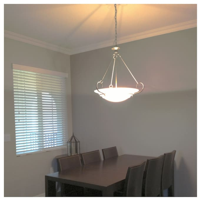 Dining Room with table for 6 guests