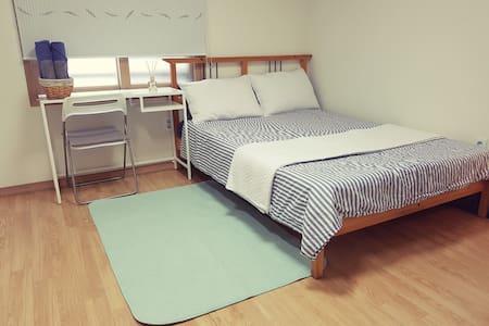 (Free/pocket wifi)Cozy Lovely Room - 서울특별시