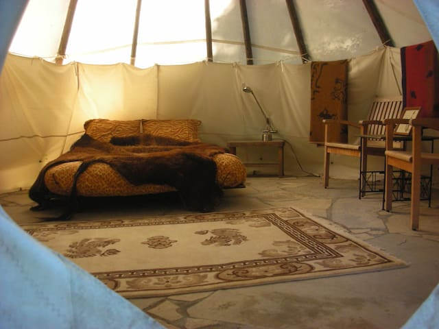 Sitting Bull Tipi at Tipi Village  - Marcola - Khemah Tipi