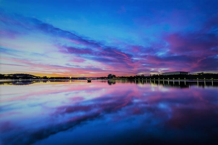 Canberra's Premier Lakeside Living