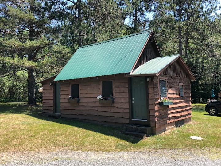 Moreno's Cottages #4