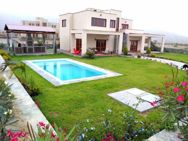 EL ENCANTO - Casa para 14 personas con piscina