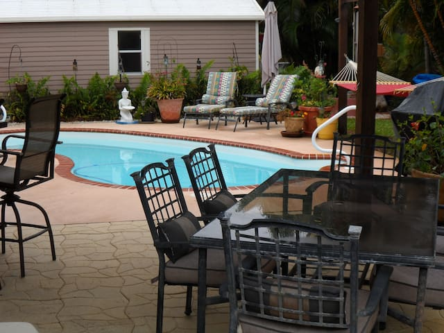 Dine outside while you overlook the pool. Play an outdoor yard game, or just relax in the hammock while watching the stars.