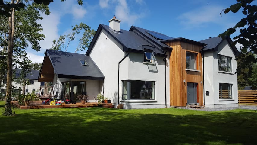 Modern house close to Galway city