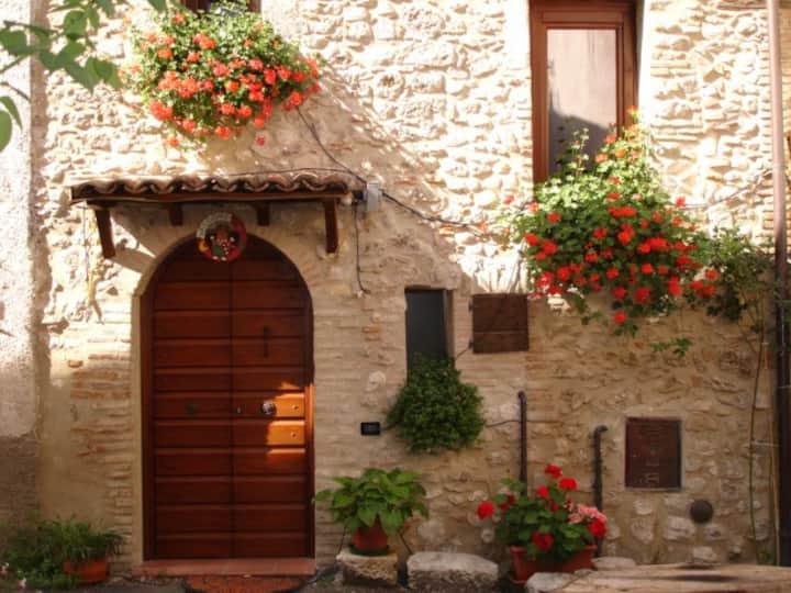 La casina nel  Borgo di Montagna