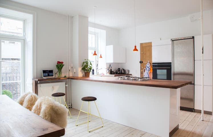 124 sqm+balcony, central Copenhagen - Copenhagen - Apartmen