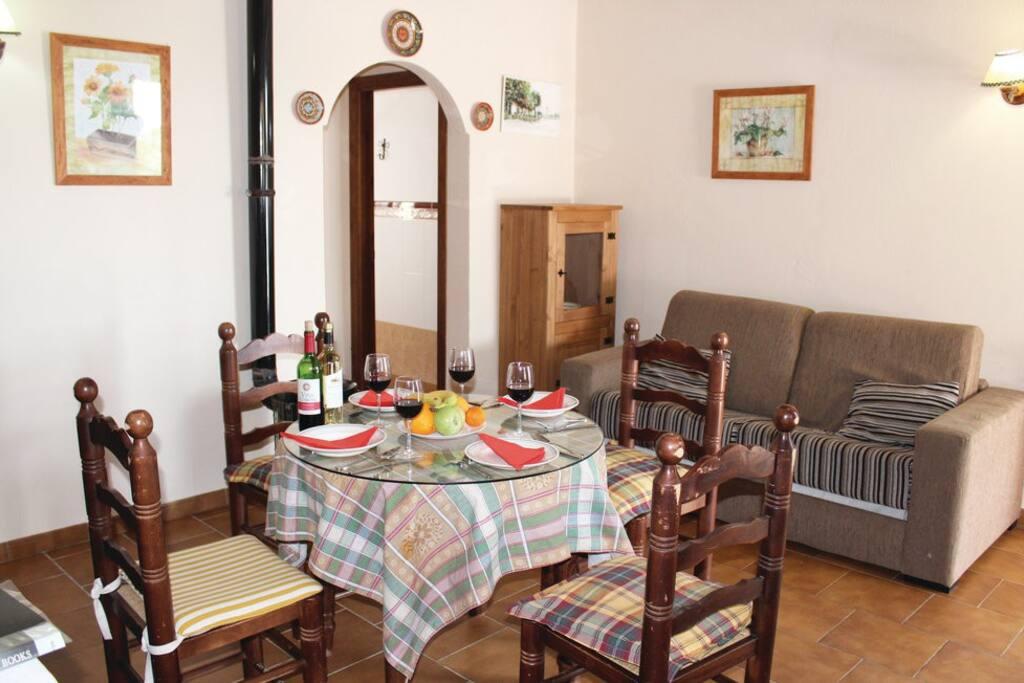 Salón con rincón cocina