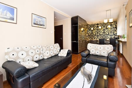 Comfort Apartment 100m to the beach - Daire
