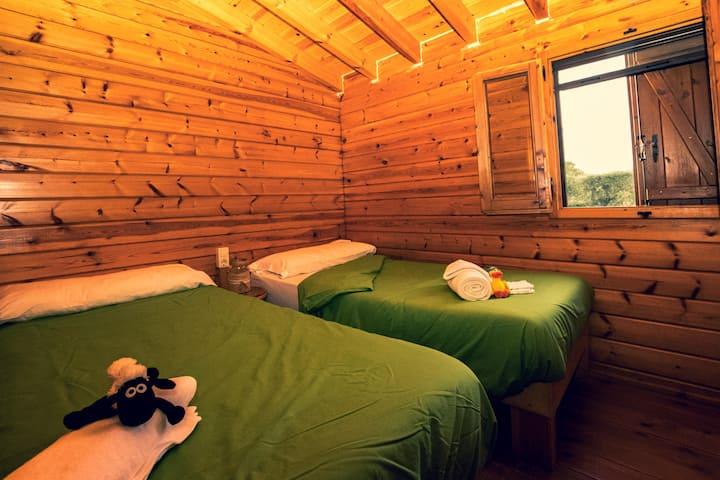 Bungalow in green campsite
