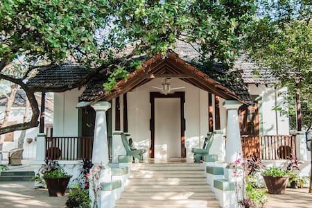 Tara Verde Old Portuguese Villa - Parra