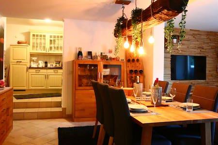 88m² Wohnung in Bäderstilvilla strandnah 4 Pers.