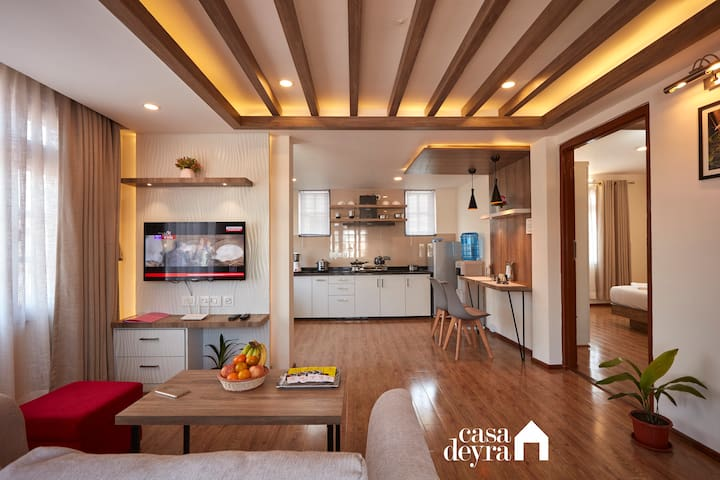 Golden Hour Breezy 1BR Apartment by Casa Deyra