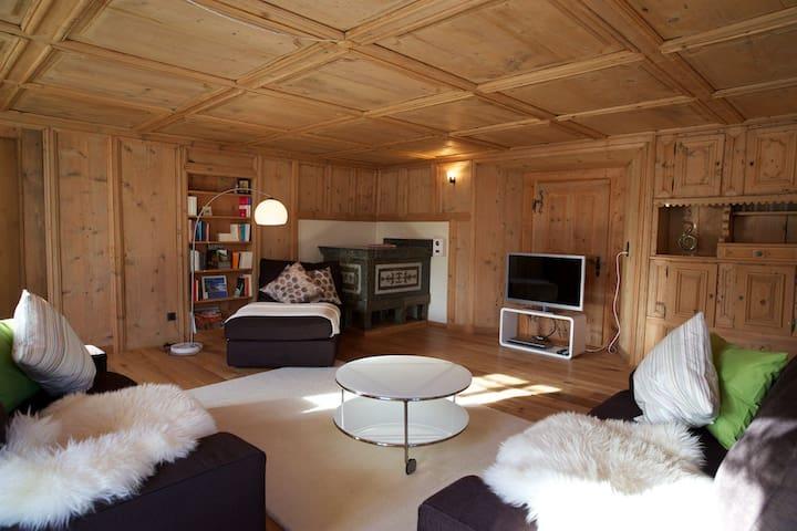 Ferien im Weissen Haus von Sedrun - Tujetsch - Apartment