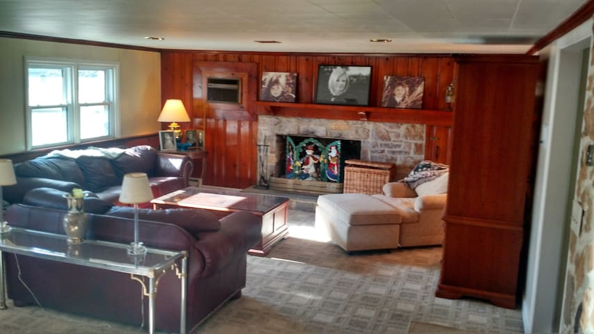 Entire Two room suite private
