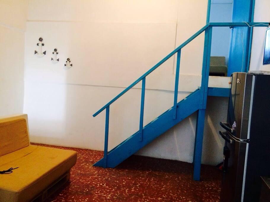 Escalera a Habitacion principal