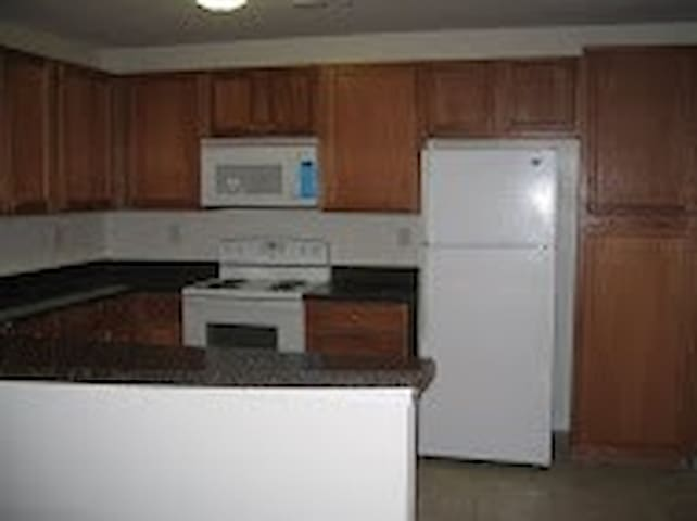 Taylor Bend Apts Western Branch Chesapeake - Chesapeake - Daire