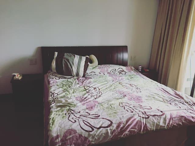 宽敞大床房 - 杭州市 - Apartamento