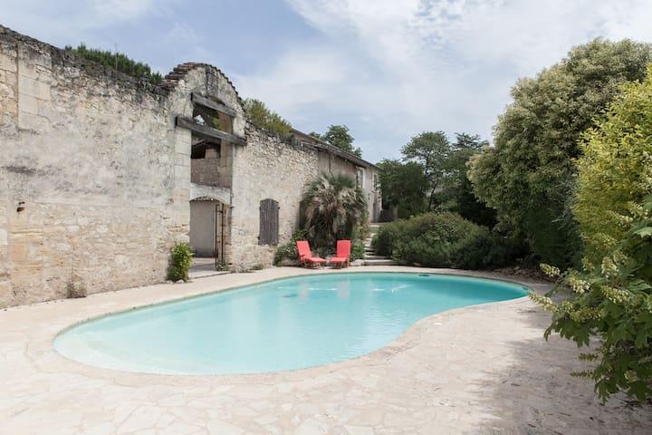 Gîte BASILIC au Domaine La Martinette - Moulon - Apartemen