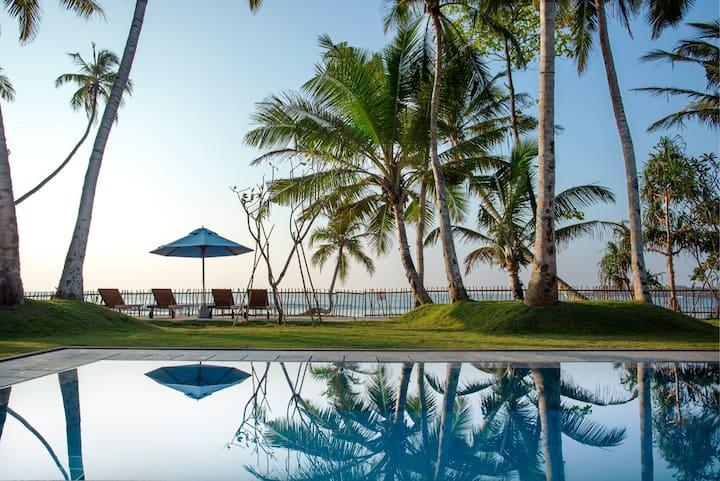 REDUCED RATES - Nilwella Palms Beachfront Villa
