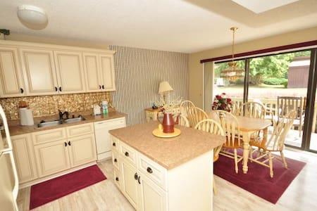 Fairway Villa #501 - Rumbling Bald Resort - Lake Lure