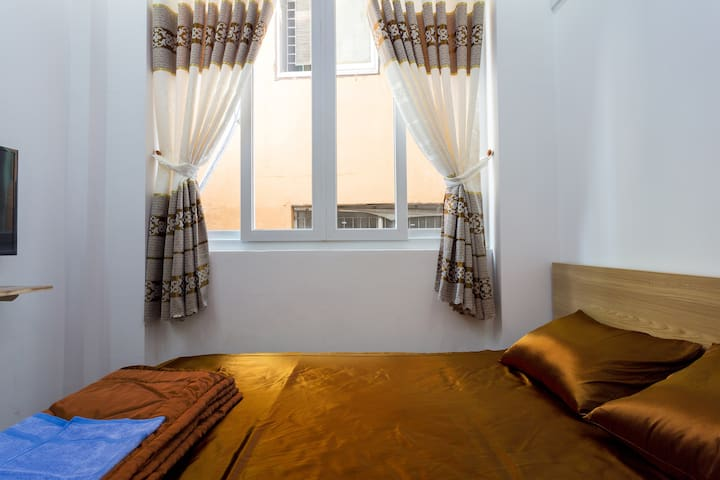 ✩Cetral BuiVien Walking St - Cozy Private 4FL-2BR✩