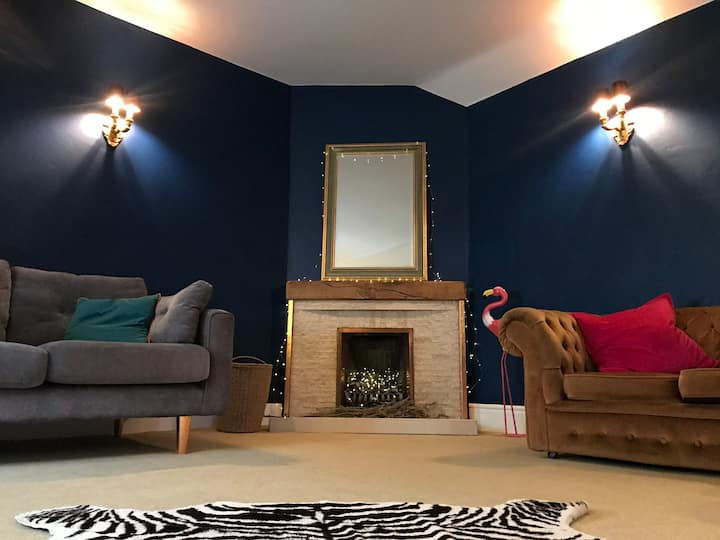The Coach House, Sandgate. Quirky seaside  retreat