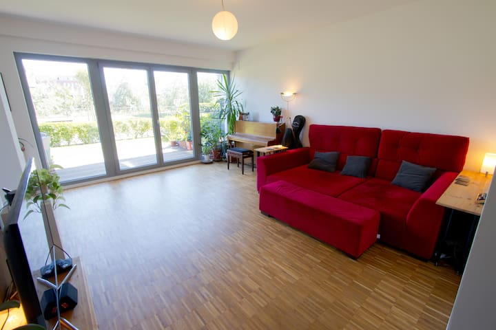 Brand new apartment with garden
