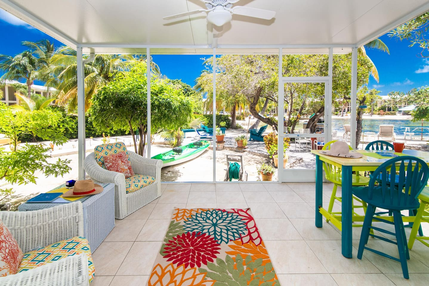 This beautiful  screened in back porch is a great space to hangout after coming from the beach or kayaking. You can have dinner or drinks and enjoy the beauty of the Bioluminescent  Bay at night.  See if for yourself.
