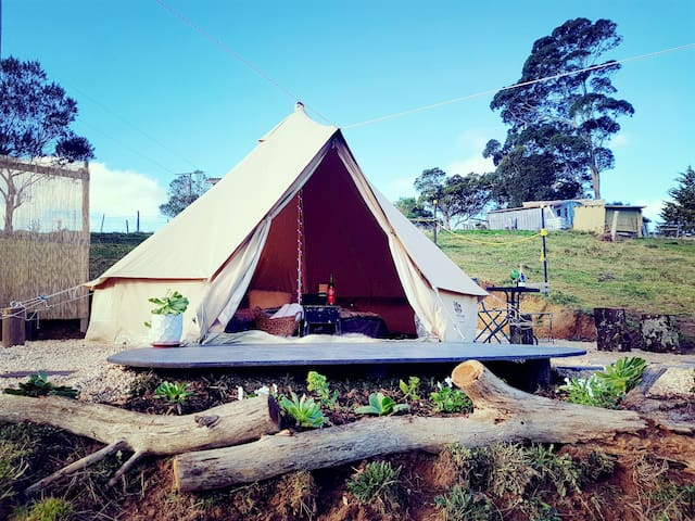 Daisy Hill Glamping Bell Tent