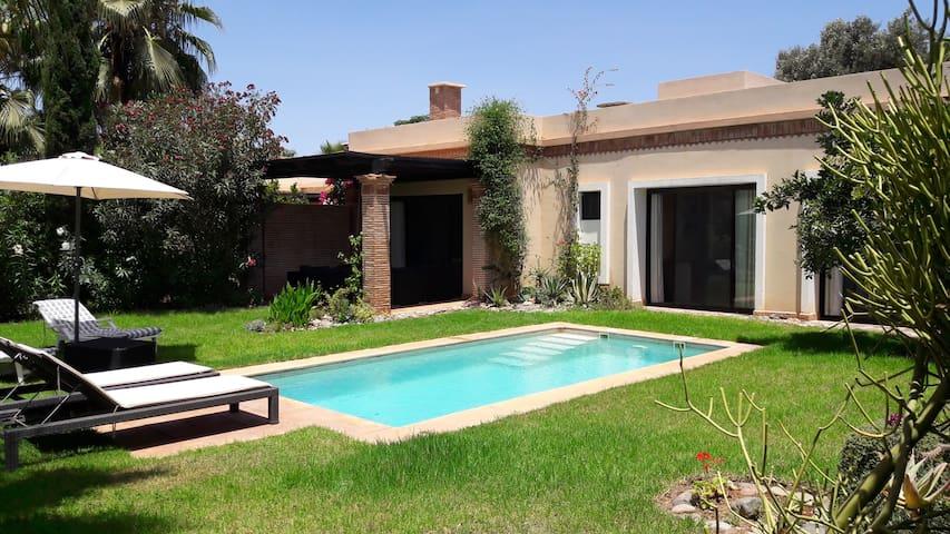 (34) Très belle villa 3 chambres piscine privée