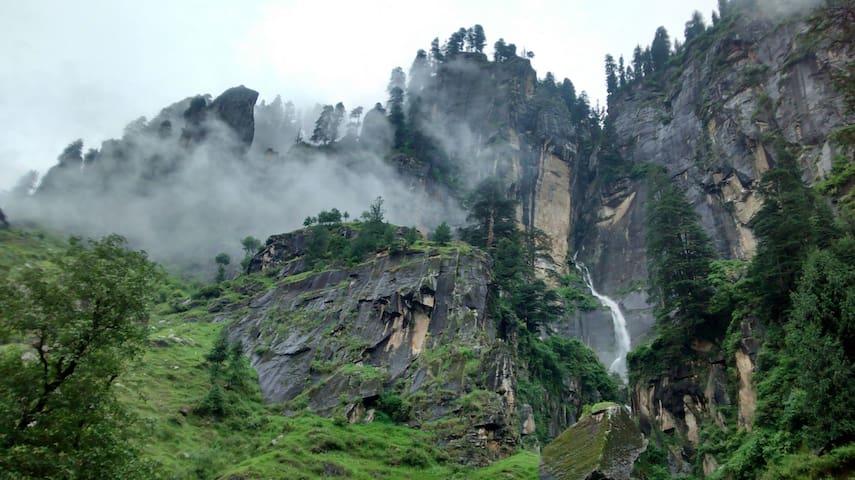 Rudra Holidays - Vashist - Loft