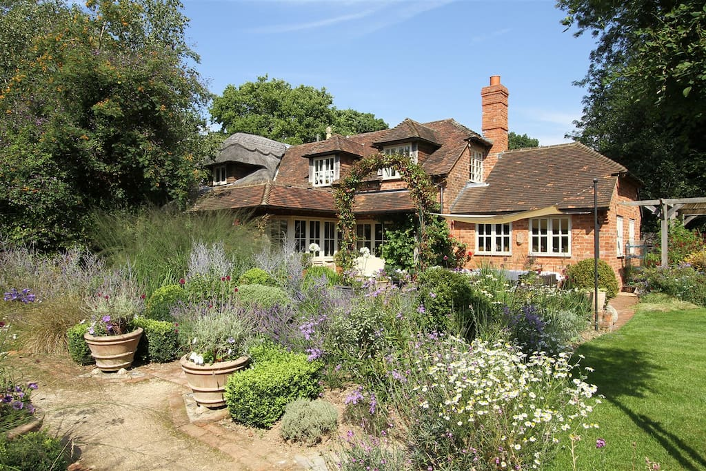 Bootmenders is a beautiful property set in even more beautiful surroundings