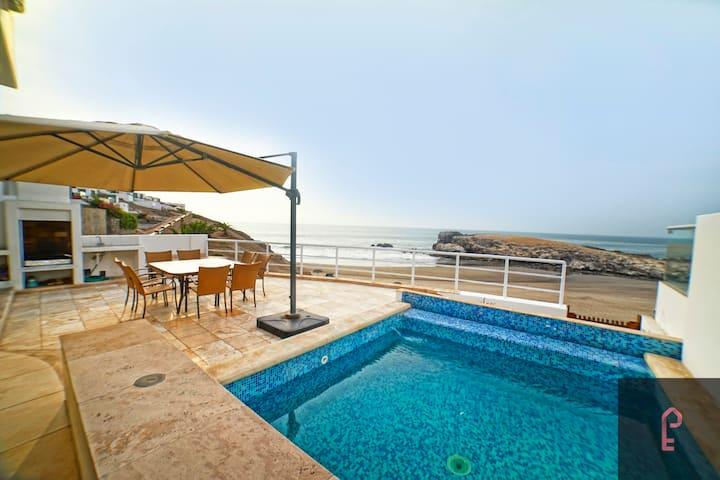Casa de Playa frente al mar en Puerto Fiel