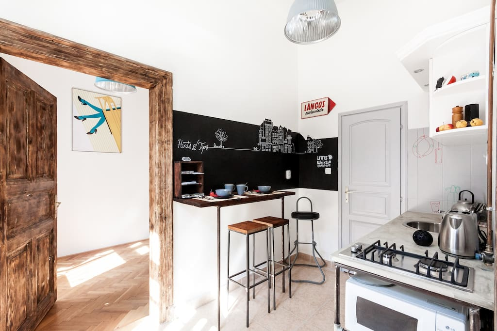 Kitchen and dining corner, where a perfect day starts!