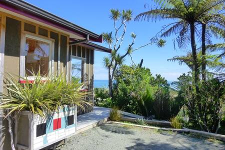 Miro cottage with stunning sea view - Punakaiki - Lägenhet