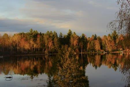 Beautiful Lakefront Cottage Crivitz