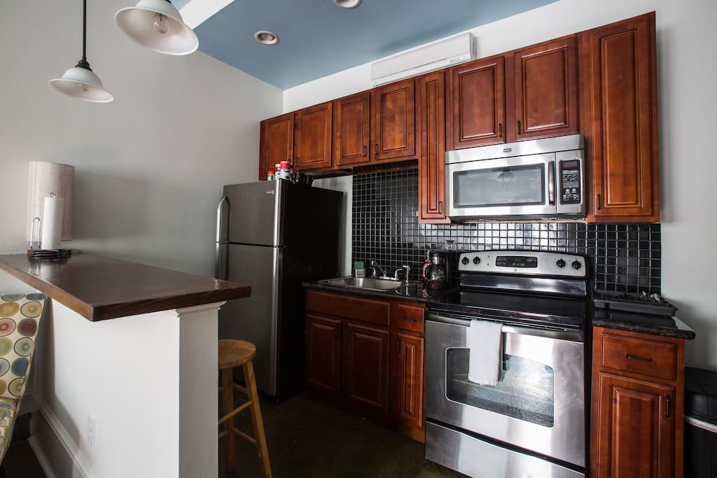 One Bedroom Retreat Steps To The French Quarter Apartments For Rent In New Orleans Louisiana