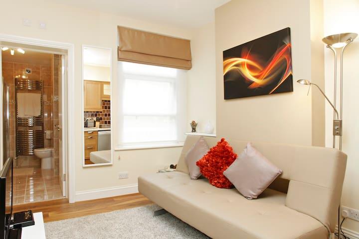 London Luxury Apartment#10 b Zone 1 On Promotion