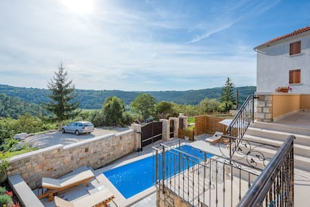 Villa Beram with heated pool