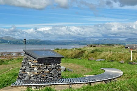 Beautiful Cumbria Coast-Double Room - Askam-in-Furness