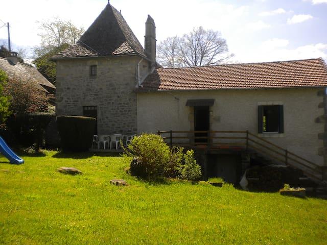 maison de campagne quercynnoise - Teyssieu - Haus