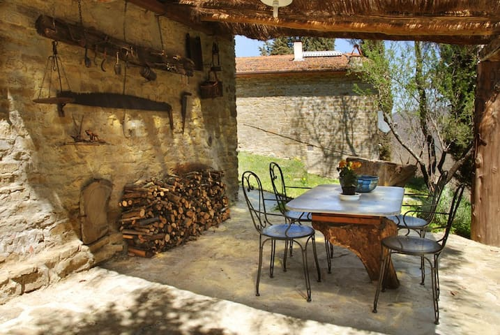 Outdoor veranda Independent apartment