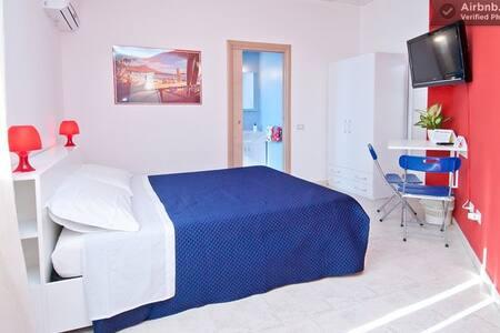 B&b Hibiscus Aloha room Capoterra - La Maddalena - Bed & Breakfast